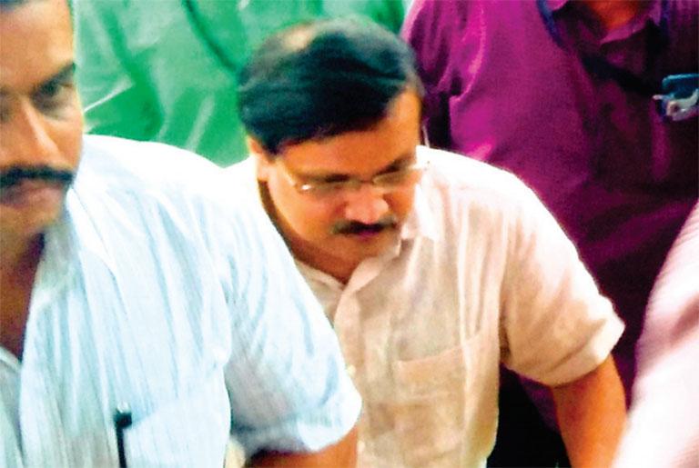 ടി ഒ സൂരജിനെ മൂവാറ്റുപുഴ വിജിലൻസ് കോടതിയിലേയ്ക്ക് കൊണ്ടുവരുന്നു