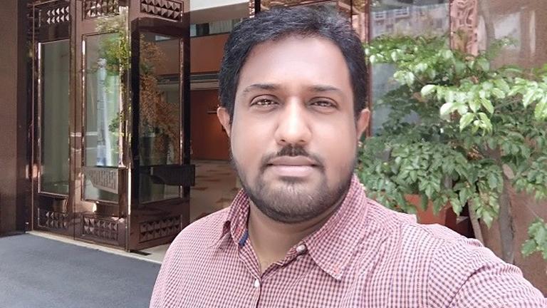 ജോ തോമസ് കാരക്കാട്ട്