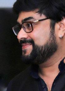 സന്തോഷ് പാലി