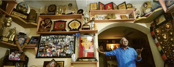 ശ്രീകുമാരൻ തമ്പി   തിരുവനന്തപുരം പേയാട്ടെ വസതിയിൽ